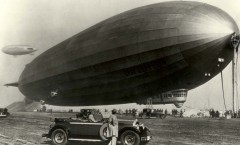 1929-Packard-and-the-Graf-Zeppelin-1024x695